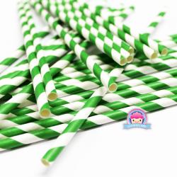 Papierowe słomki w zielone paski