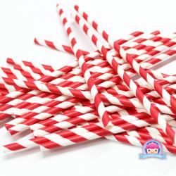 Papierstrohhalme mit roten Streifen