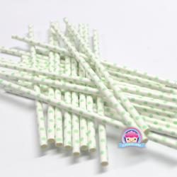 Papierstrohhalme mit hellgrünen Punkten
